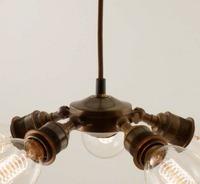 крутой светильник из ретро патронов