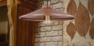 отличный светильник с медным абажуром